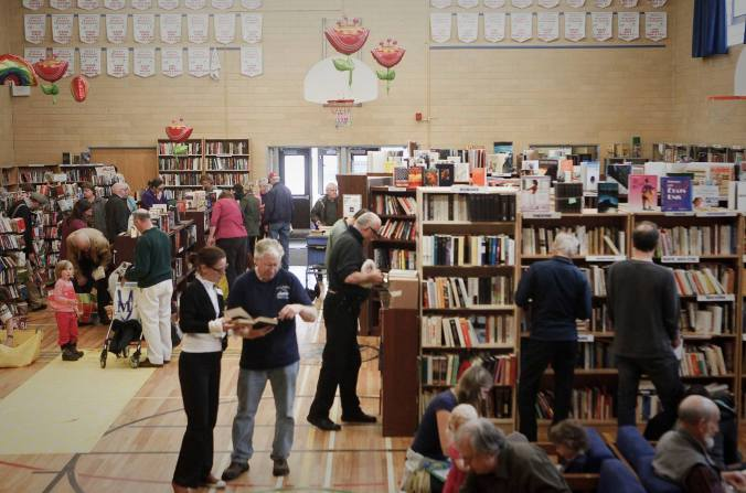 book fair in action 2
