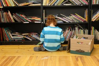 girl and books 2